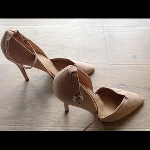 Forever 21 Blush Nude Pointed Heels